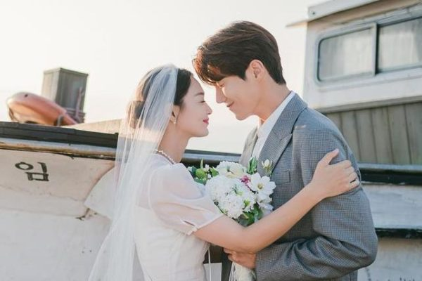 'Hometown Cha-Cha-Cha' Proved that the Power of Rom-Com K-Dramas Lies Within Healing and Romance